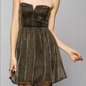 Gold Limited Edition Lucca Couture Holiday Dress